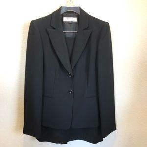 Tahari | Black Business Suit w/ Skirt